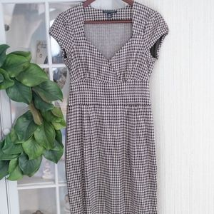Banana Republic Brown Houndstooth Dress